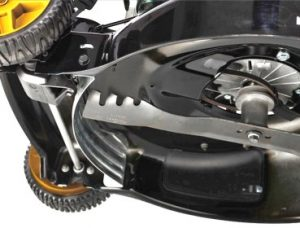 Benzine grasmaaier McCulloch-M56-detail