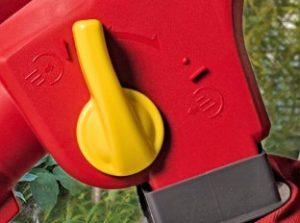 Beste Elektrische bladblazer-Wolf-Garten-LBV2600E hendel